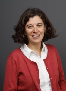 Elena Lasida, Directrice du master « Économie solidaire et logique de marché » à l'Institut catholique de Paris